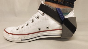 Shoe heel grounding strap